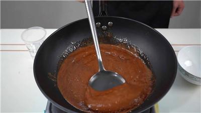 肉夹馍糖色的制作方法