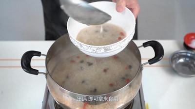 皮蛋瘦肉粥的做法